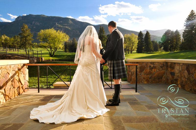 broadmoor-hotel-wedding-makenzie-scott-010