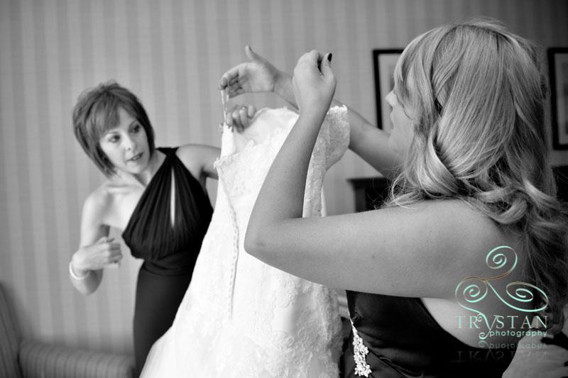 A Wedding at the Omni Interlocken Resort – Broomfield