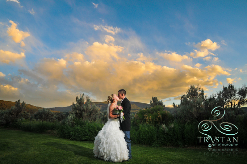 A Wedding in Gypsum, Colorado